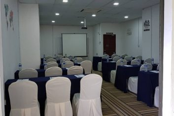 Le Blanc seminar Room1